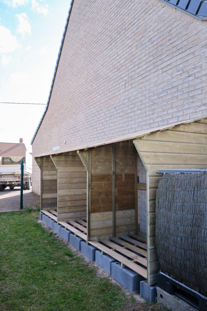 Abri à bois sur-mesure   Réalisation à proximité de Dunkerque